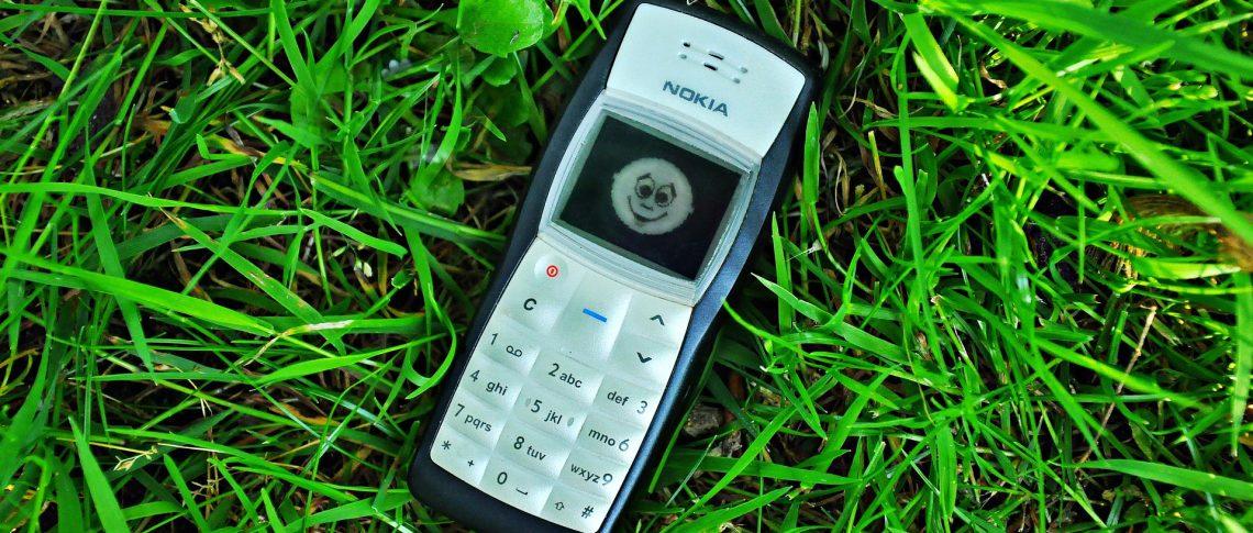 К 2022 году кнопочных телефонов в России почти не останется