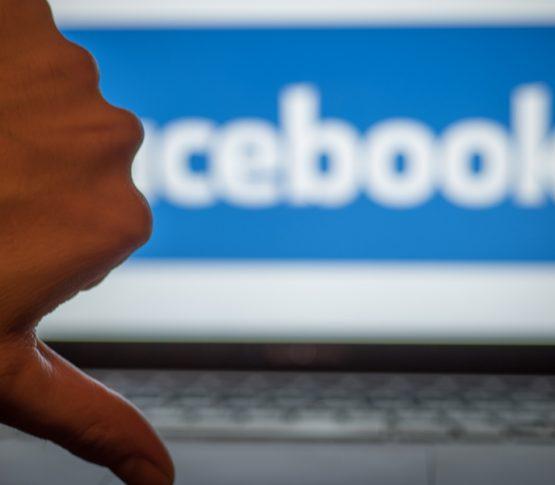 Сотрудники Facebook выступают против лжи в политической рекламе