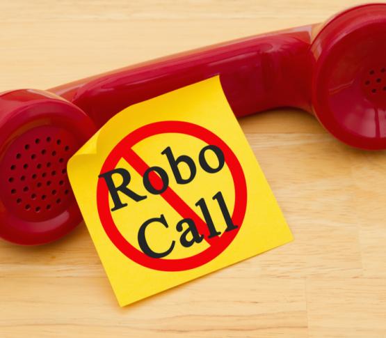 FCC обратилась за помощью к провайдерам для противодействия автообзвонам